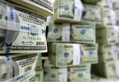 پشت پرده کاهش خرید و فروش دلار