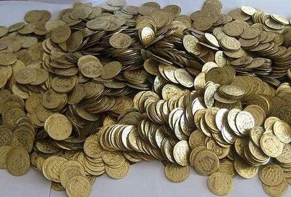 کشف سکههای عتیقه در متروی تهران +فیلم