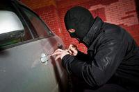 دستگیری سارقی که با سوییچ موتور، خودرو می دزدید