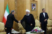 کدام نماینده رهبری، روحانی را امروز بدرقه کرد؟ +عکس