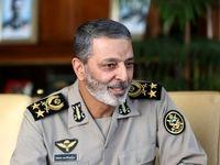 فرمانده کل ارتش: خدا را شکر که آمریکا از برجام خارج شد