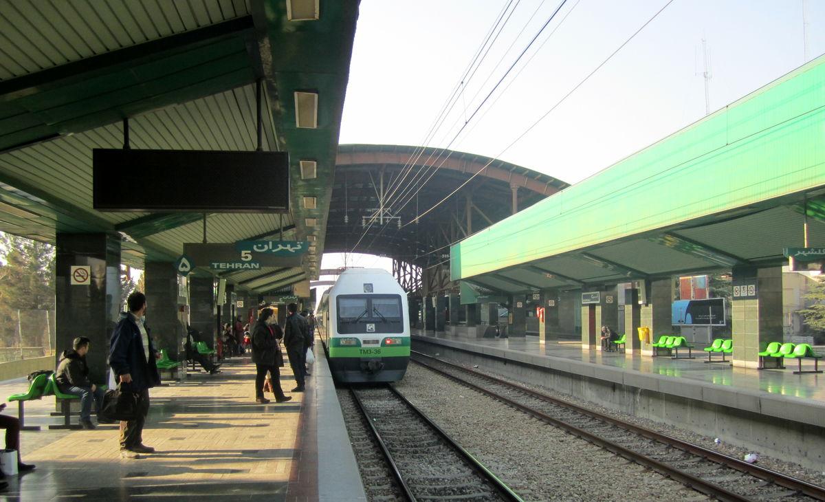 اتفاق مرگبار در قطار متروی تهران-کرج +عکس