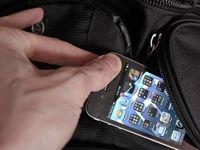 دستگیری زن سارق تلفن همراه در پیاده روی اربعین