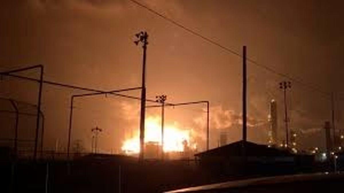 آتشسوزی یک کارخانه پتروشیمی در تگزاس