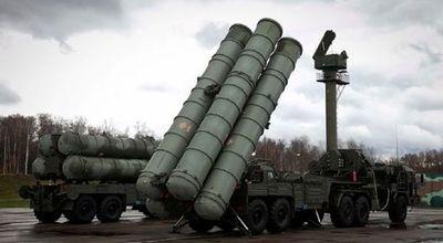 مسکو: تحویل سامانه اس-۳۰۰ به ایران تکمیل شد