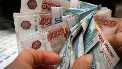 ارزش دلار و یورو در مقابل روبل کاهش یافت