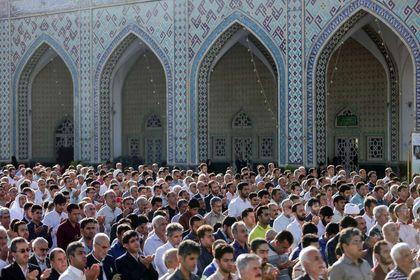 برگزاری نماز عید سعید فطر در آستان قدس رضوی +عکس