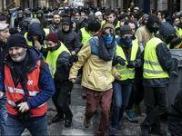 ضرب و شتم خبرنگاران توسط جلیقه زردها +فیلم