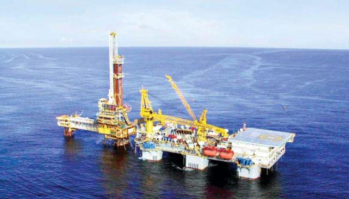 دلالان نفتی هنوز مشغول کارند
