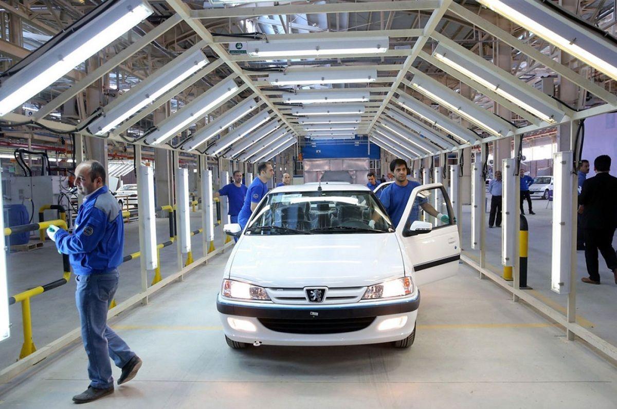 عدم شفافیت، ریشه بسیاری از مشکلات اقتصادی/ عرضه و فروش خودرو صفر در کشور دچار بحران شده است