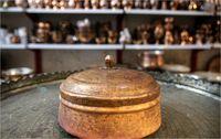 هنر مسگری در بازار سنتی یزد +عکس