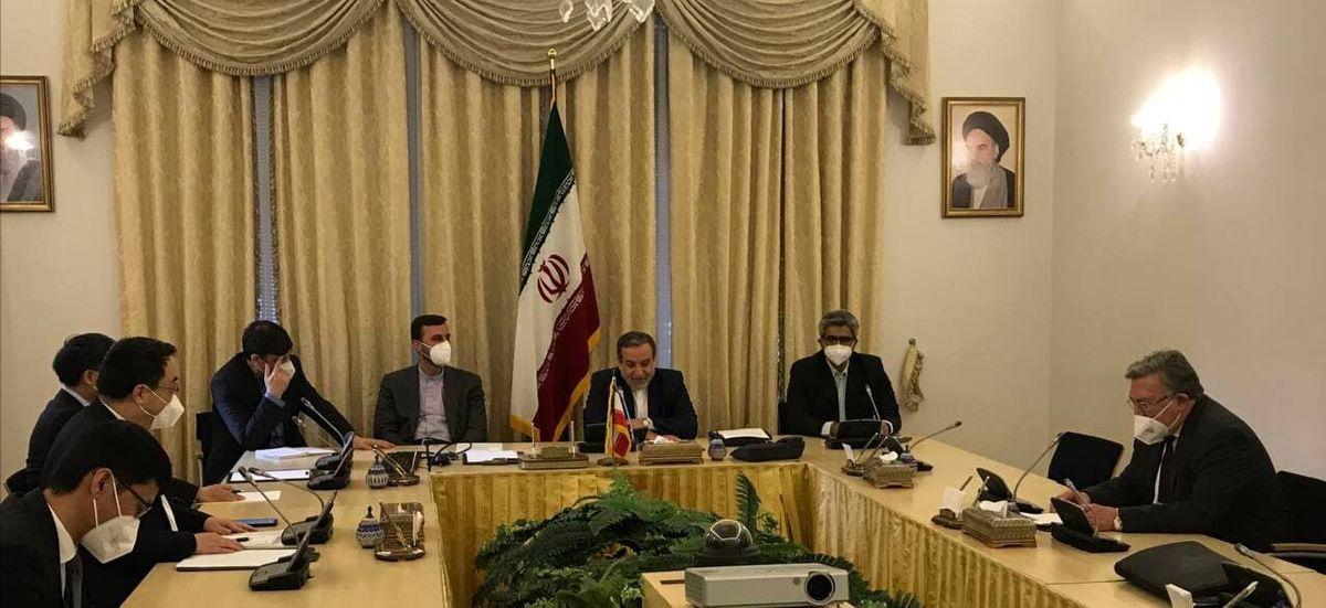 جلسه سه جانبه ایران، روسیه و چین در وین / سه کشور خواستار تسریع پیشرفت در مذاکرات شدند