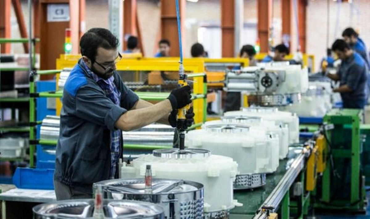 چرا کارگران از کارفرما شکایت نمیکنند؟