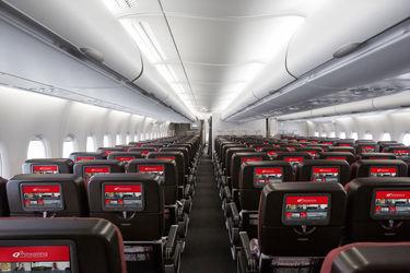Qantas_A380_Economy_IFE