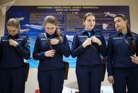 تمرینات دختران روس در دانشکده افسری +تصاویر