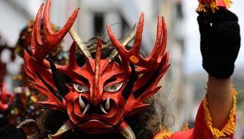 جشن رقص شیطان در اکوادور +تصاویر