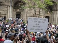 تظاهرات در آمریکا علیه تیراندازی پلیس به نوجوان سیاهپوست +تصاویر