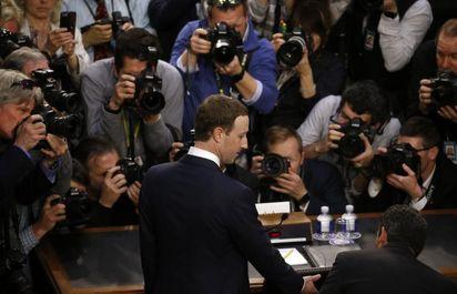زاکربرگ در کنگره