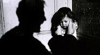 مجازات حبس برای افشا و انتشار فیلم و عکس اطفال و نوجوانان بزه دیده/  شاهدان کودک آزاری در صورت اطلاع ندادن مجازات میشوند