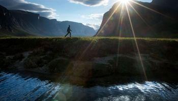 سلفی یک عکاس از خودش در زیباترین مکانهای جهان +تصاویر