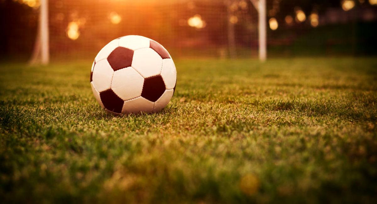 فوتبال ایران سیاسی است یا نه؟