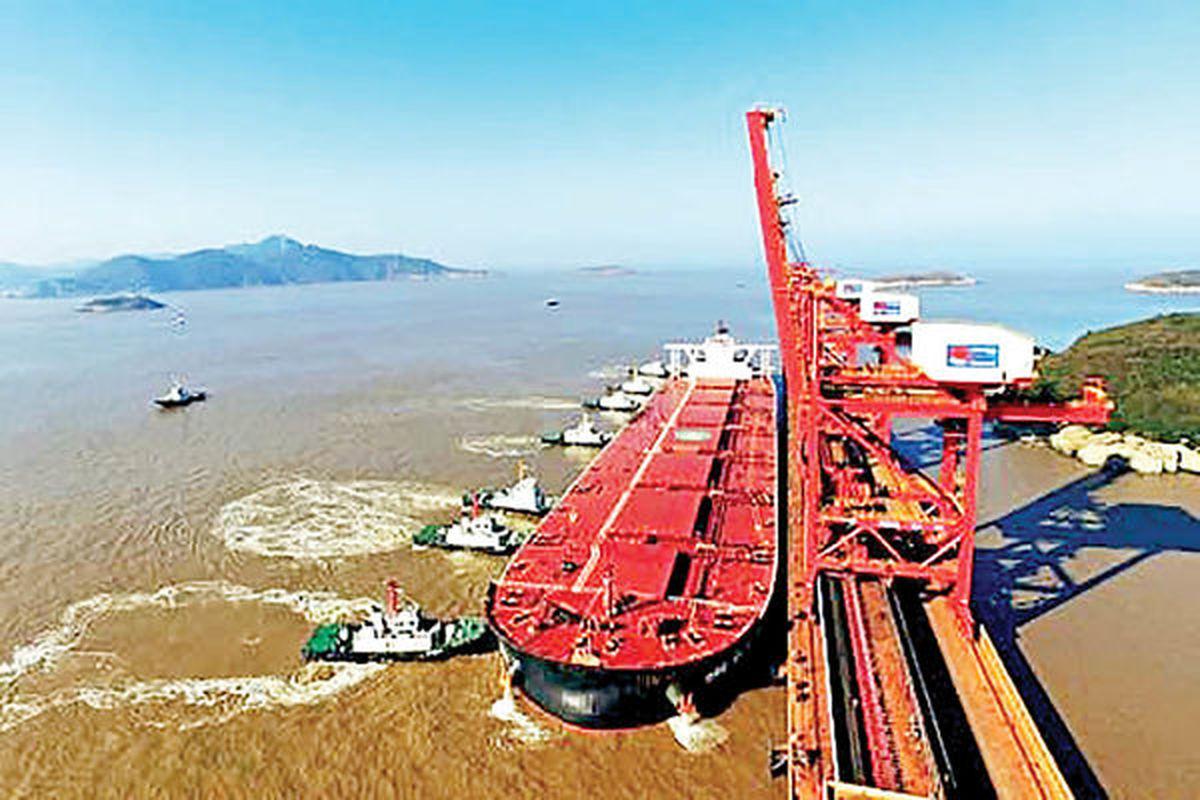 بشکه های سرگردان نفت در شرق آسیا