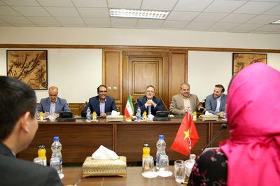 برگزاری اولین جلسه کمیته مشترک بانکی ایران و ویتنام/ داشتن روابط بانکی قوی؛ پیشنیاز روابط مناسب اقتصادی