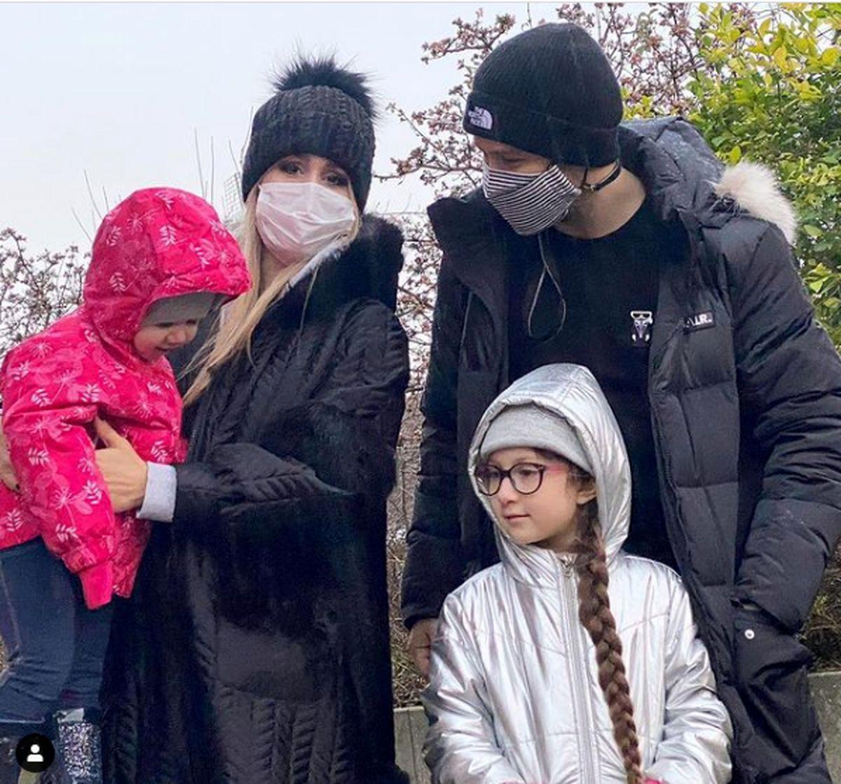 سلفی همسر شاهرخ استخری و دخترش + عکس