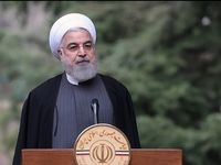 روحانی در حاشیه آخرین جلسه هیات دولت در سال98 +عکس