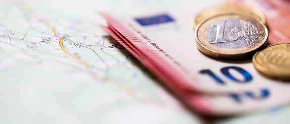 آغاز مجدد فروش ارز مسافرتی در بانک تجارت