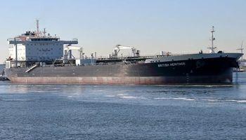 ادعای قصد نیروی دریایی سپاه برای توقیف نفتکش انگلیسی تکذیب شد