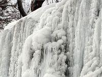 یخ زدگی آبشار گنجنامه همدان +تصاویر