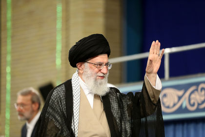 رهبر انقلاب در دیدار مسئولان و سفرای کشورهای اسلامی +عکس