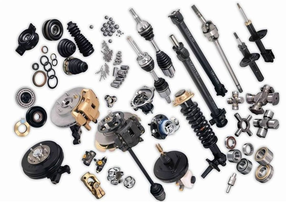 ۸۰درصد قطعات خودرو در بازار قاچاق است