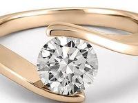 خروج الماس سرقتی از شکم یک توریست