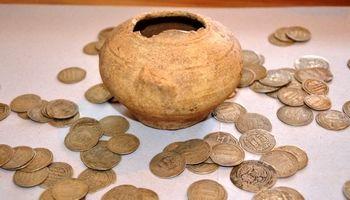 727قطعه سکه تاریخی در لامرد توقیف شد
