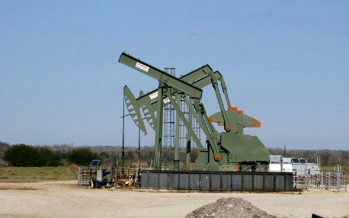 افت قیمت نفت پس از رالی دو روزه / کسری موجودی عامل جبران ضررهای بازار بود