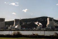 فرانسه ۱۴رآکتور هستهای را تعطیل میکند