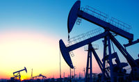 وزارت نفت برای فرار از اکتشاف نفت خزر بهانه می آورند