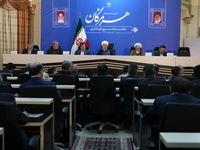 روحانی: مشکل آب متعلق به کل ایران است و باید با نگاه ملی حل شود/ دولت از مشارکت مردم در تصفیه فاضلاب، آبیاری مدرن و طرحهای گلخانهای حمایت میکند