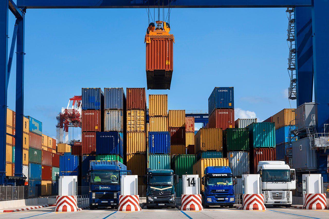 صادرات-73-میلیون-دلار-کالای-غیر-نفتی-از-گمرک-آستارا