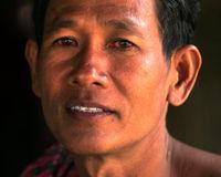 پاکسازی مینهای زمینی در کامبوج +تصاویر
