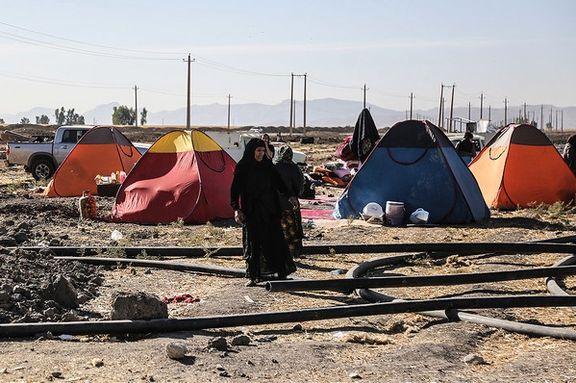 سرمای زیر صفر و چادرنشینی زلزله زدگان ورنکش