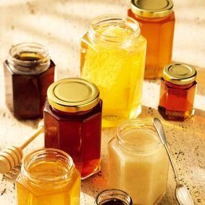 اقتصادآنلاین گزارش میدهد: عسل را با موم بخریم یا بدون موم؟/ آیا موم حاوی پارافین صنعتی و سموم آفتکش است؟