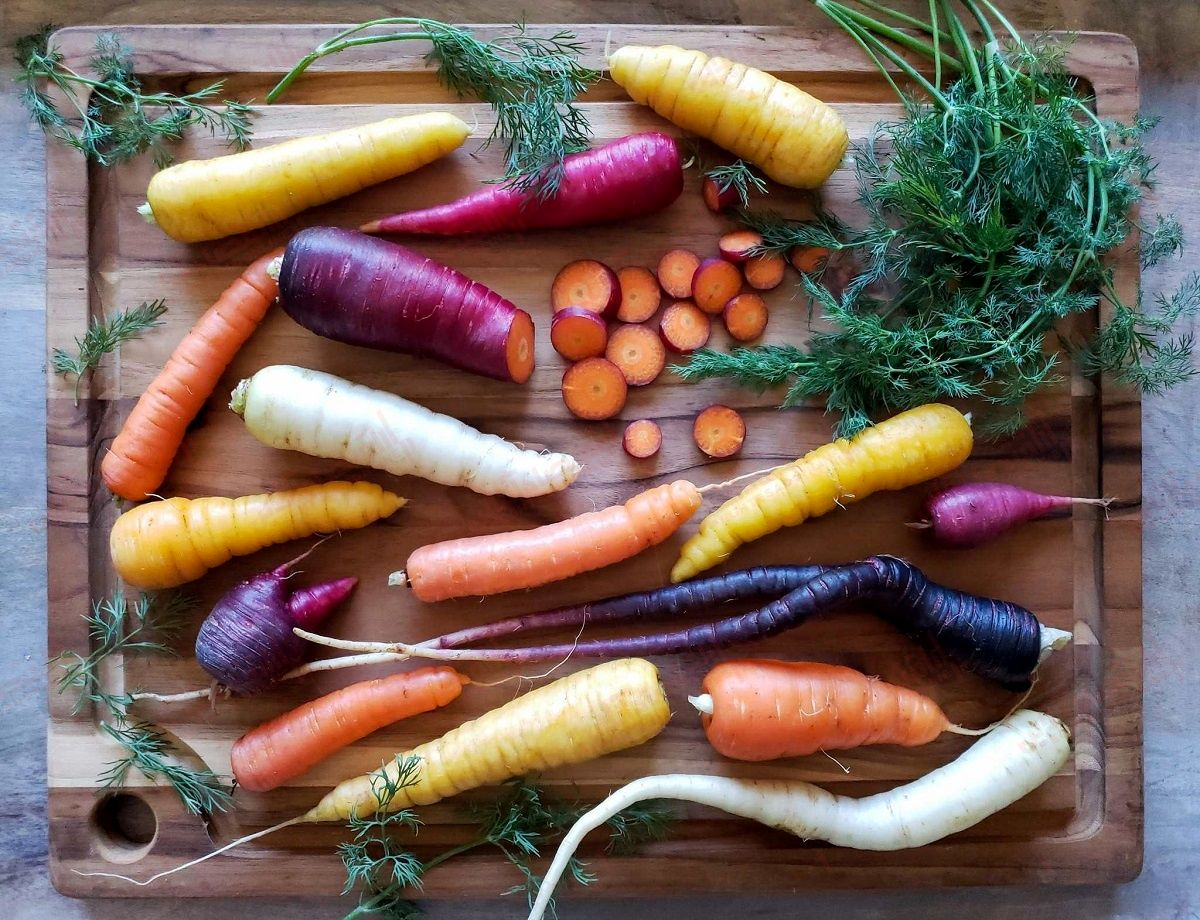 خواص هویج، تاثیر آن بر سلامتی چشم و کلی مزایای دیگر