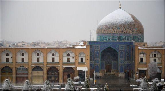 درخواست توقف مرمت گنبد مسجد شیخلطفالله