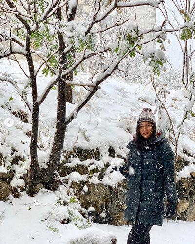 پریناز ایزدیار در یک روز برفی و روزهای بَرفَکی