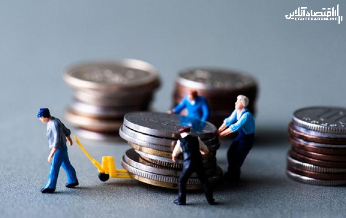 حقوق کارگران در سال ۲بار افزایش یابد