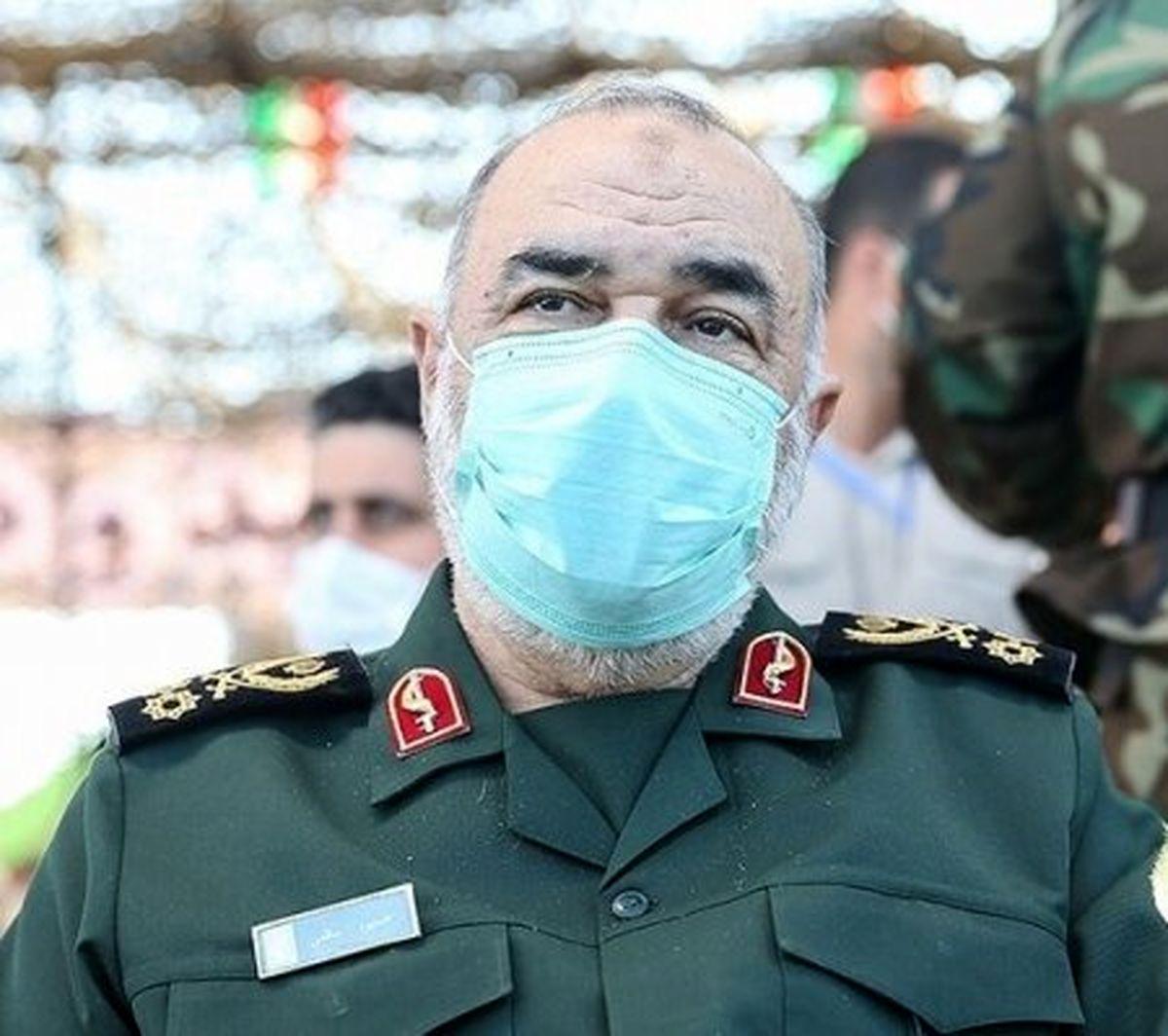 فرمانده کل سپاه: به دشمن برای واردات واکسن اعتماد نداریم