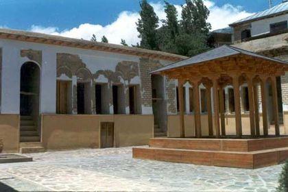 خانه تاریخیِ نیما یوشیج +عکس